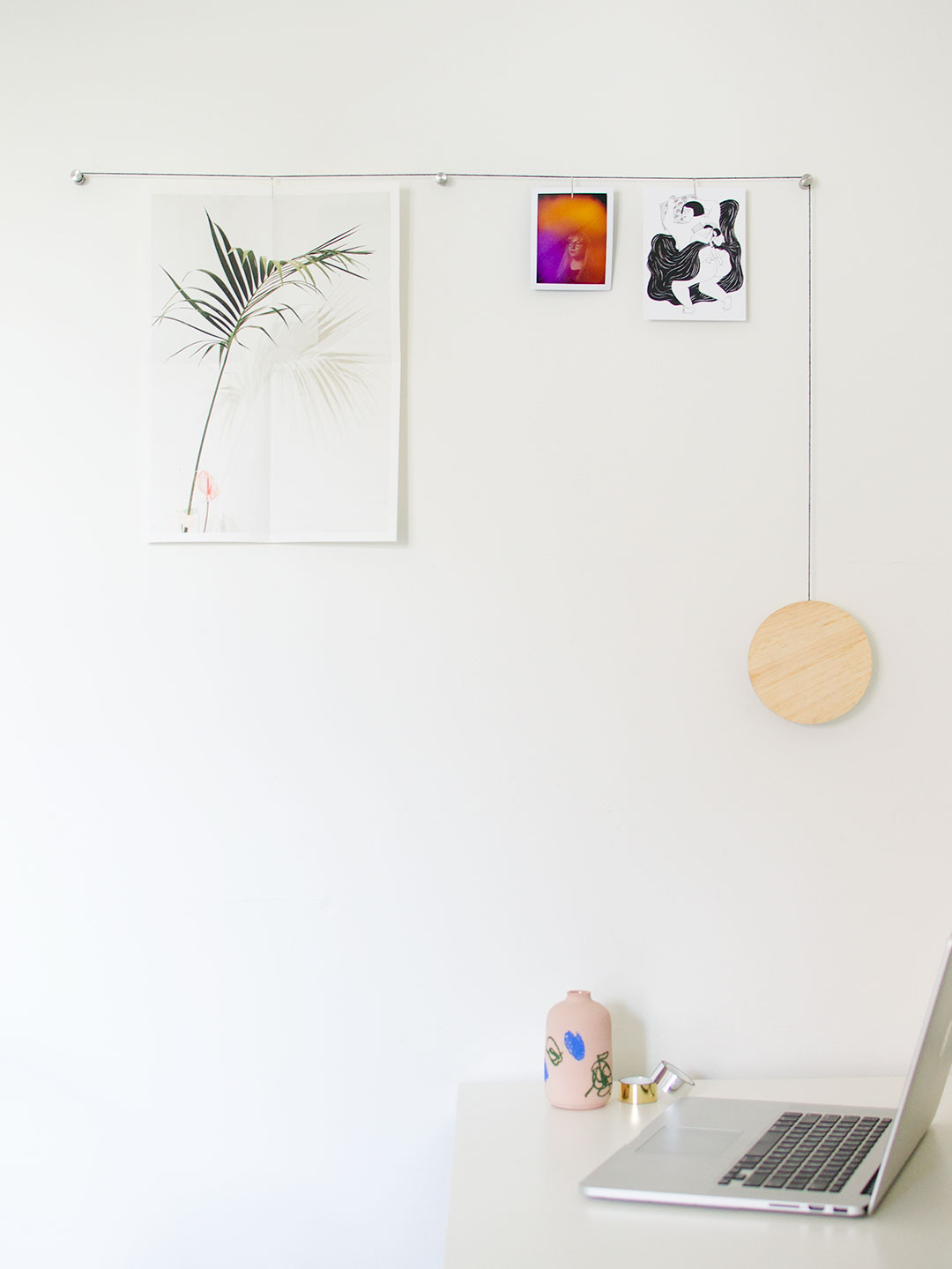 Diy minimalist hanging photo display the sweet beast for Diy hanging picture display