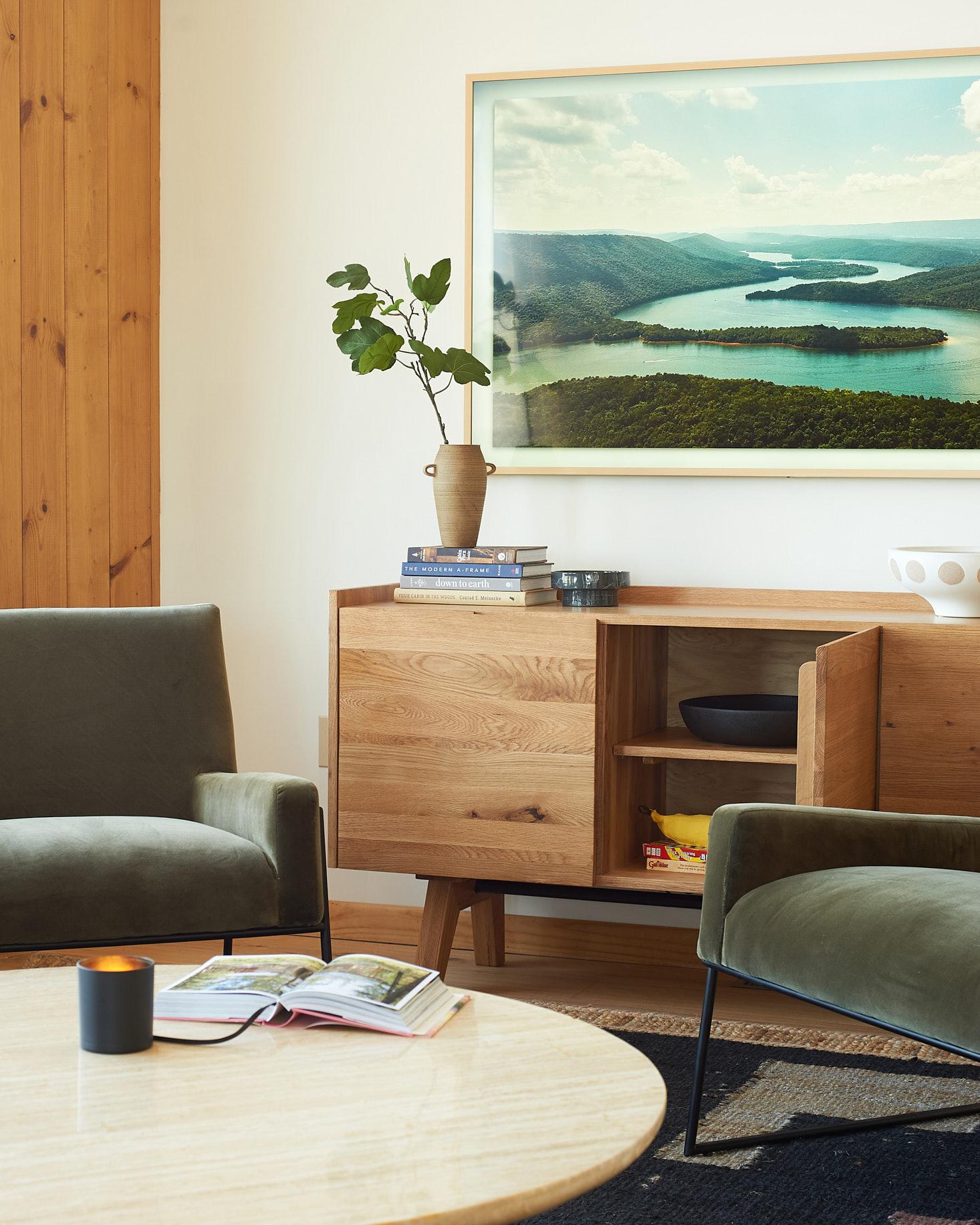article madera sideboard open door