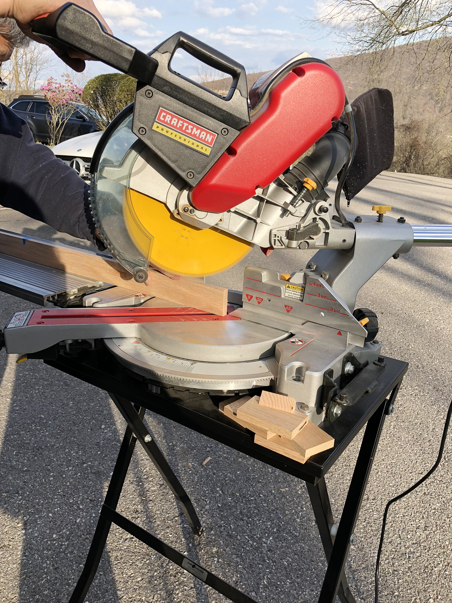 Cutting frame pieces with a miter saw