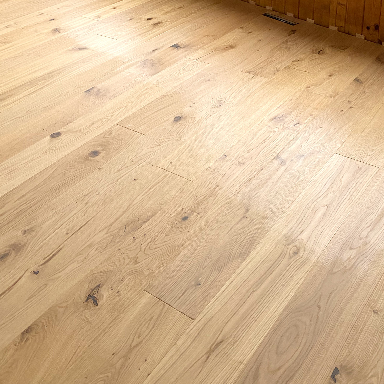 Floor oiling in process